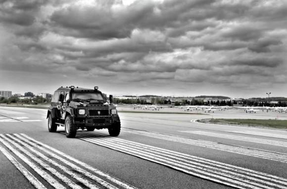 Knight XV Fully Armored SUV_1